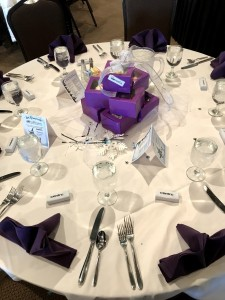 2017 Holiday Party Viamedia Centerpieces